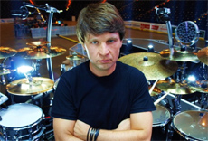 RALF GUSTKE am 13.12.2014 bei DRUMS ONLY in Koblenz